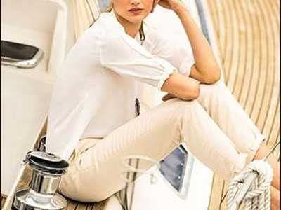 印度电影时尚 美人无泪吻戏 美女图片真实一点的图片