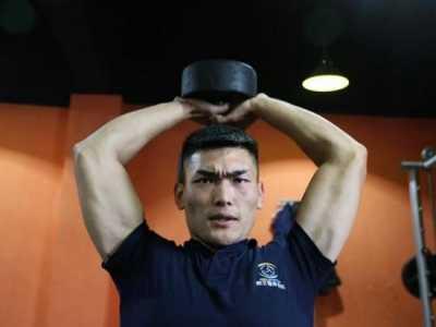 259斤小伙瘦身成功半年减100斤 减肥成功变男神