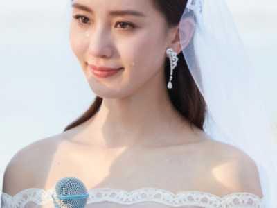 新娘现场流下幸福的泪水 刘诗诗大婚