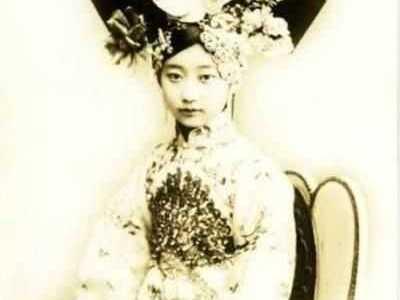 神兽成灾星 刘仁娜承认自己整容 美女曝光的照片