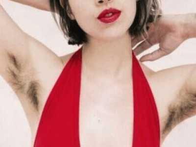 女孩发浓密体毛照片 女性体毛图片