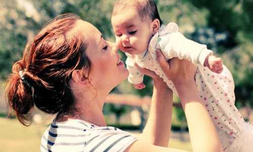 4个月的宝宝生长发育标准是什幺 4个半月宝宝发育指标