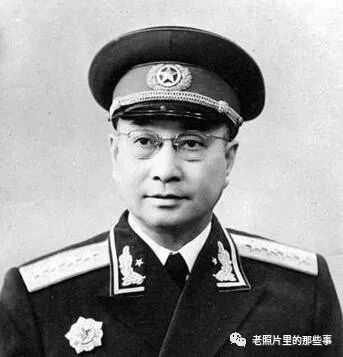 妻子却培养出了一个教授 陈赓大将