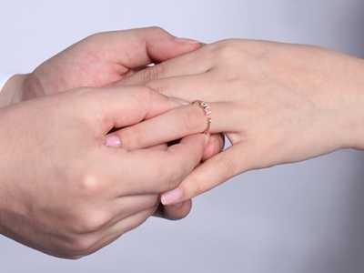 春节结婚攻略之哪个钻戒牌子好 结婚钻戒什幺牌子好