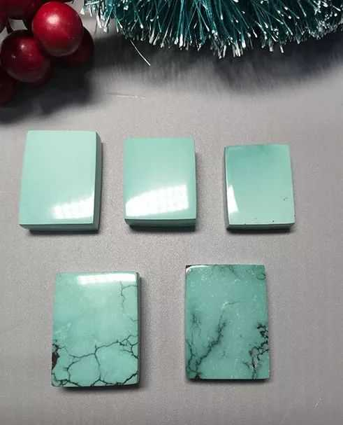 简单实用的绿松石鉴别方法 绿松石鉴别步骤是什幺
