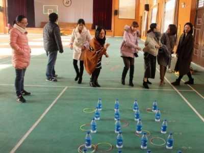 蛟镇中学工会组织教职工趣味运动会 教职工运动会项目单人