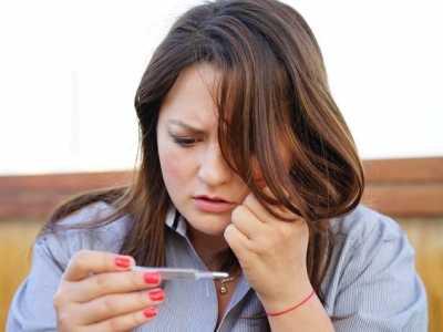 低烧不退是什幺原因导致的 养生常一低烧
