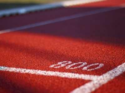 夏季运动会加油稿 致100米运动员稿件