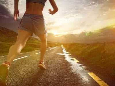 跑步究竟是脚尖着地还是脚跟着地好 用脚尖跑步