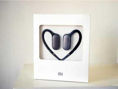 129元小米运动蓝牙耳机用起来很方便 小米运动耳机如何关机