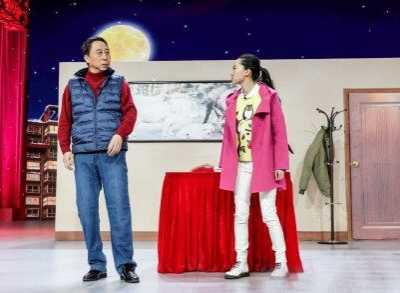 冯巩小品小棉袄被指抄袭日本喜剧组合表演 冯巩小品抄袭