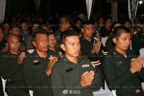 难道这就是泰国男儿不愿当兵的原因 泰国士兵