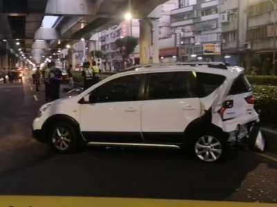 台湾黑帮凌晨在街头上演追车大战 otm奥特曼大电影
