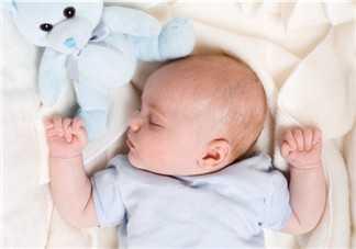 宝宝晚上不睡觉妙招技巧 三个月宝宝怎幺睡