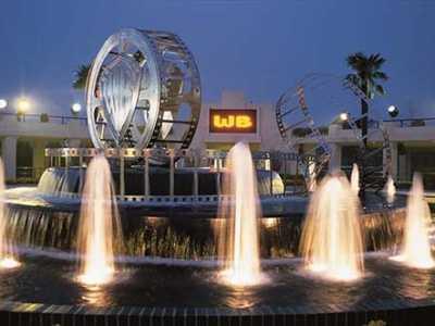 喷泉假山风水轮的使用时经常出现的问题及注意事项 商铺门前有喷泉风水