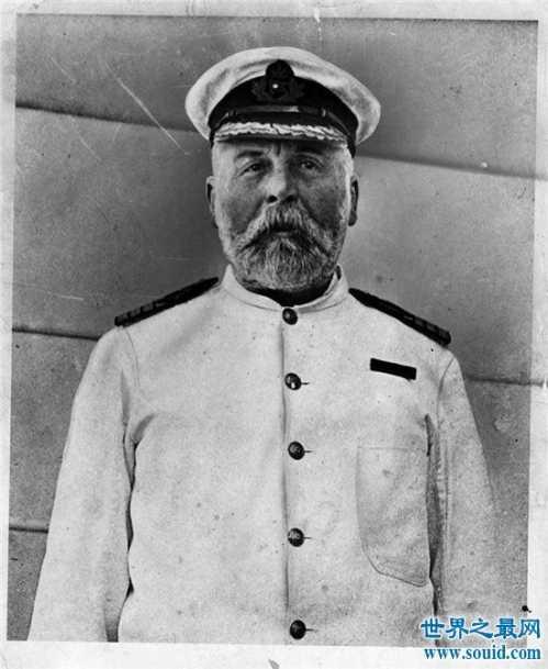 泰坦尼克号船长再现是真的 泰坦尼克号的船长